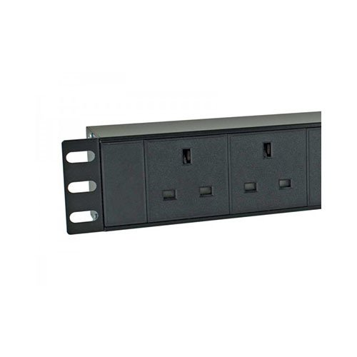 Basic PDU 8 UK Outlets 230V Input